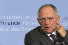 Ministro das Finanças alemão Wolfgang Schaeuble disse que superávit grego vai encerrar objeções da Alemanha sobre a dívida do país. 27/11/2012 REUTERS/Thomas Peter