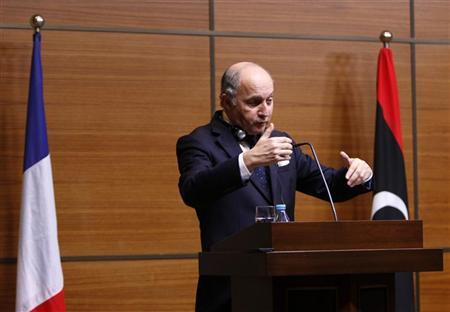 French Foreign Minister Laurent Fabius speaks during a news conference in Tripoli November 12, 2012. REUTERS/Ismail Zitouny