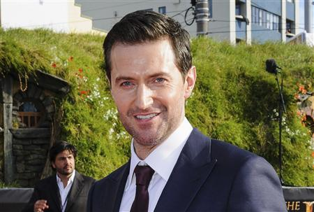 British actor Richard Armitage, who plays Thorin the dwarf, poses on the red carpet at the world premiere of 'The Hobbit - An Unexpected Journey' in Wellington November 28, 2012. REUTERS/Mark Coote