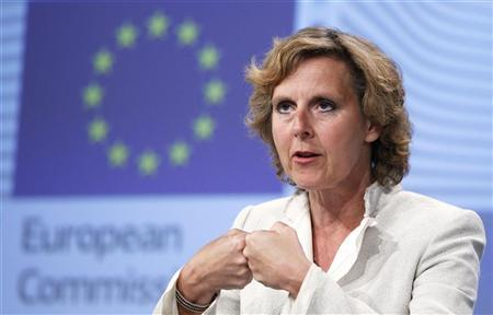 European Climate Action Commissioner Connie Hedegaard of Denmark addresses a news conference at the EU Commission headquarters in Brussels July 11, 2012. REUTERS/Francois Lenoir