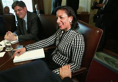Obama calls Rice ''extraordinary,'' Cabinet members...