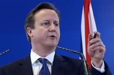 Britain's Prime Minister David Cameron speaks during a news conference at the end of an EU leaders summit discussing the EU's long-term budget at the European Union (EU) council headquarters in Brussels November 23, 2012. REUTERS/Eric Vidal