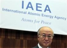 Diretor-geral da Agência Internacional de Energia Atômica (AIEA), Yukiya Amano, vai à reunião do conselho das 35 nações no órgão administrativo da agência, na sede da ONU em Nova York. 29/11/2012 REUTERS/Herwig Prammer