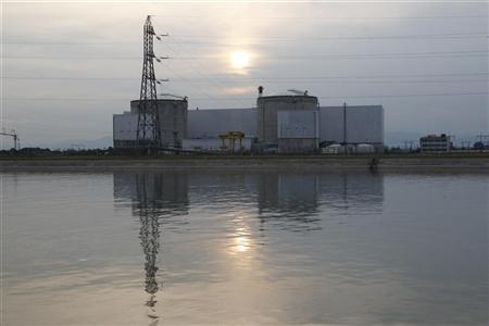 A general view shows France's oldest Electricite de France (EDF) nuclear power station, outside the eastern French village of Fessenheim, near Colmar, September 5, 2012. REUTERS/Vincent Kessler