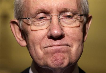 Senate Majority Leader Harry Reid (D-NV) pauses as he speaks to the media on Capitol Hill in Washington, November 14, 2012. REUTERS/Yuri Gripas