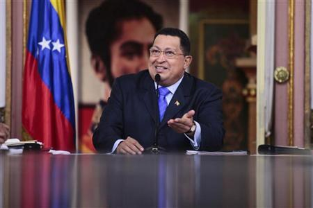 Venezuelan President Hugo Chavez speaks after taking an oath with new cabinet ministers at Miraflores Palace in Caracas October 13, 2012. REUTERS/Handout/Miraflores Palace