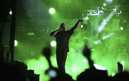 Dr. Dre performs at the 2012 Coachella Valley Music and Arts Festival in Indio, California April 15, 2012. REUTERS/David McNew/Files
