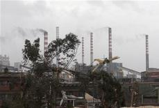 L'impianto dell'Ilva poco dopo il tornado mercoledì. REUTERS/Renato Ingenito