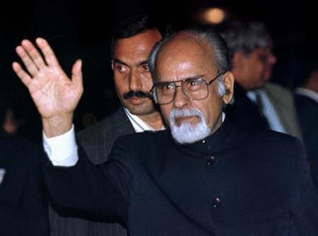 File photo of Inder Kumar Gujral in South Africa October 6, 1997. REUTERS/Juda Ngwenya/Files