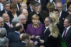 Votação de acordo de resgate à Grécia foi considerado um importante teste de autoridade da chanceler alemã Angela Merkel. 30/11/2012 REUTERS/Thomas Peter