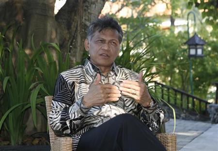 ASEAN Secretary General Surin Pitsuwan speaks during an interview in Nusa Dua in Indonesia's resort island of Bali July 20, 2011. REUTERS/Murdani Usman