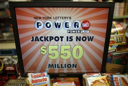 A computer display shows the current value of the Powerball lottery in New York, November 28, 2012. REUTERS/Chip East)