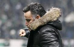 <p>L'entraîneur de Saint-Etienne Christophe Galtier. Les Verts, tenus en échec 0-0 sur le terrain de l'AC Ajaccio, ont manqué vendredi une belle occasion de se hisser en tête du classement de la Ligue 1. /Photo prise le 27 novembre 2012/REUTERS/Robert Pratta</p>