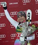 <p>L'Américaine Lindsey Vonn a remporté dimanche le Super-G de Coupe du monde à Lake Louise, au Canada, devant sa compatriote Julia Mancuso et l'Autrichienne Anna Fenninger. /Photo prise le 2 décembre 2012/REUTERS/Andy Clark</p>