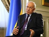 Primeiro-ministro da Ucrânia Mykola Azarov e seu gabinete renunciaram neste domingo. 23/10/2012 REUTERS/Anatolii Stepanov