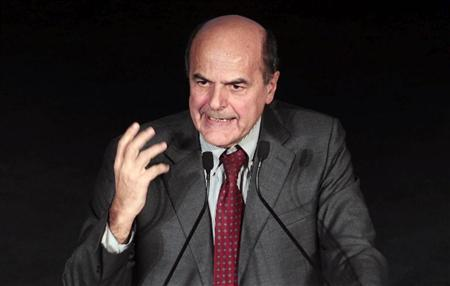 Democratic Party (PD) leader Pier Luigi Bersani speaks as he celebrates his victory on stage in downtown Rome December 2, 2012. REUTERS/ Stringer