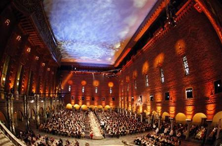 A general view of the Nobel banquet at Stockholm's City Hall, December 10, 2010. REUTERS/Pawel Kopczynski