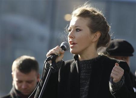 Television host and opposition activist Ksenia Sobchak delivers a speech during a demonstration for fair elections on Novy Arbat Street in central Moscow March 10, 2012. REUTERS/Sergei Karpukhin