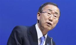 O secretário-geral da ONU, Ban Ki-Moon, fala em discurso em Doha, no Catar. 4/12/2012 REUTERS/Fadi Al-Assaad