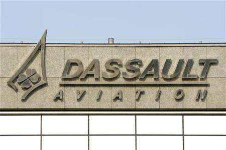 The logo of French airplanes maker Dassault Aviation is seen on Dassault Aviation headquarters in Saint Cloud, Paris suburb, March 22, 2012. REUTERS/Benoit Tessier