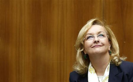 Austrian Finance Minister Maria Fekter smiles after she presented the 2013 budget in the parliament in Vienna October 16, 2012. REUTERS/Leonhard Foeger