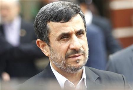 Iran's President Mahmoud Ahmadinejad leaves after a meeting with Vietnam's National Assembly's Chairman Nguyen Sinh Hung in Hanoi November 10, 2012. REUTERS/Kham