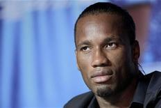 """<p>De nombreux footballeurs, notamment Didier Drogba et Steve Mandanda, ont démenti avoir signé un appel à la """"solidarité avec le peuple de Gaza"""" rendu public la semaine dernière. /Photo d'archives/REUTERS/Aly Song</p>"""