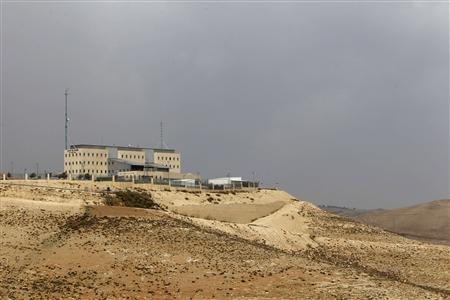 An Israeli police station is seen on a hillside in the West Bank near Jerusalem December 4, 2012. Known simply by its administrative name, E1 (East One), this exposed stretch of West Bank land is at the centre of a growing diplomatic dispute pitting Israel against both the Palestinians and also many of its Western allies. REUTERS/Ammar Awad