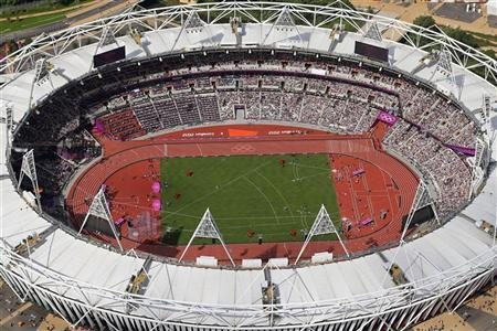An aerial view shows the Olympic Stadium at the London 2012 Olympic Games in east London August 3, 2012. REUTERS/Jeff J Mitchell/Pool