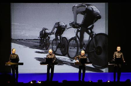 Kraftwerk to play UK's Tate Modern gallery in 2013