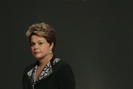 Brazil's President Dilma Rousseff participates in the opening ceremony of the 7th National Meeting of the Industry in Brasilia December 5, 2012. REUTERS/Ueslei Marcelino