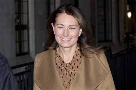 Carole Middleton leaves the King Edward VII hospital where her daughter Catherine, Duchess of Cambridge is being treated in London, December 5, 2012. REUTERS/Neil Hall