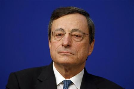 European Central Bank (ECB) President Mario Draghi attends the conference ''Growth and integration in solidarity: what strategy for Europe?'' with top financial officials at the Economy ministry in Paris November 30, 2012. REUTERS/Charles Platiau