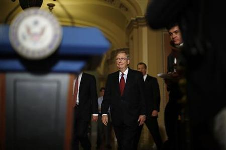 U.S. Senate Minority Leader Mitch McConnell (R-KY) walks to a podium to deliver remarks to the press on Capitol Hill in Washington November 14, 2012. \. REUTERS/Jason Reed