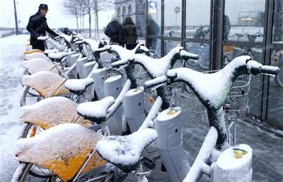 Flights, trains to Brussels disrupted due to snow