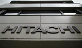Hitachi vai cessar produção de chips usados em hardwares de telecomunicações até o fim de março de 2014. 27/10/2012. REUTERS/Toru Hanai