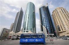 Vista geral mostra o logotipo das conversações climáticas da Organização das Nações Unidas (ONU) em Doha, no Catar. 27/11/2012 REUTERS/Fadi Al-Assaad