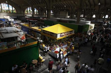 Interior view of the Municipal Market in Sao Paulo February 4, 2012. REUTERS/Nacho Doce