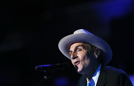Singer James Taylor performs during the final session of the Democratic National Convention in Charlotte, North Carolina in this September 6, 2012, file photo. Singer-songwriter James Taylor says he doesn't see the resemblance, but he was pitched - without success - to play the role of U.S. President Abraham Lincoln in the new film. REUTERS/Eric Thayer/Files