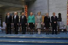 Representantes da União Europeia compareceram à cerimônia de homenagem do comitê norueguês, em Oslo, após entidade ser escolhida para o Nobel da Paz. 10/12/2012 REUTERS/Cornelius Poppe /NTB scanpix