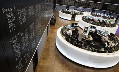 U.S. stocks end up; politics rattle Italy markets