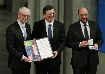 EU rebuffs critics as it accepts Nobel peace prize