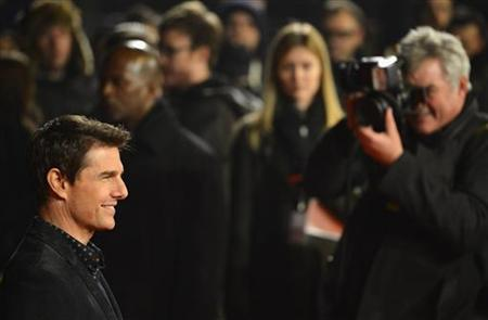 U.S. actor Tom Cruise arrives for the world premiere of the film ''Jack Reacher'' in Leicester Square in central London December 10, 2012. REUTERS/Toby Melville