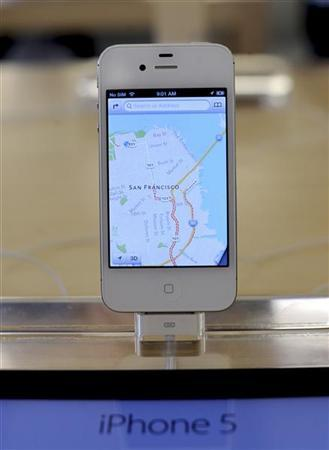 File photo of an iPhone5 displayed at an Apple Store in San Francisco, California, September 21, 2012. REUTERS/Noah Berger