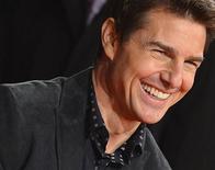Tom Cruise defendeu sua escolha para interpretar Jack Reacher, mesmo sendo mais baixo e mais magro que o personagem descrito na história original. 10/12/2012 REUTERS/Toby Melville