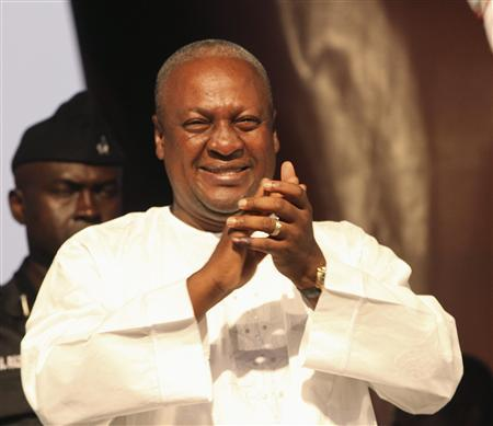 Ghana's newly elected President John Dramani Mahama attends a victory rally to thank his supporters in the National Democratic Congress (NDC), the party of the late president John Atta Mills, at Kwame Nkrumah Circle in Accra December 10, 2012. Mahama on Monday urged his defeated political opponents to join him ''as partners'' to improve the West African state, as his chief rival threatened to launch a court battle over the poll results. REUTERS/Luc Gnago