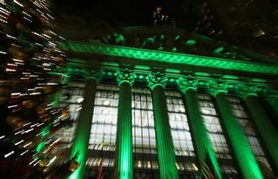 Wall Street ends almost flat as Bernanke warns on...