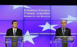 European Commission President Jose Manuel Barroso (L) and Council President Herman Van Rompuy hold a news conference at the end of an EU leaders summit discussing the EU's long-term budget at the European Union (EU) council headquarters in Brussels November 23, 2012. REUTERS/Sebastien Pirlet