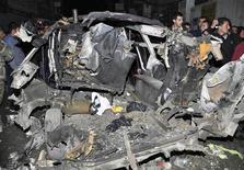 L'esplosione di un'autobomba in Siria. REUTERS/SANA
