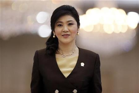 Thailand's Prime Minister Yingluck Shinawatra leaves the Plenary session of the 21st ASEAN (Association of Southeast Asian Nations) and East Asia summit in Phnom Penh November 20, 2012. REUTERS/Damir Sagolj/Files